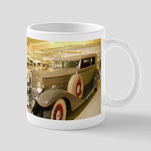 1933 Packard Sedan Mug