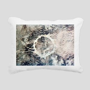 Manicouagan reservoir - Pillow