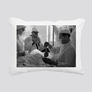 Demikhov's heart transplant, 1962 - Pillow