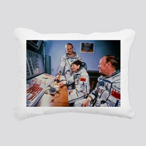 Crew of Soviet Soyus T12 before launch - Pillow