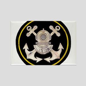 3-Bolt Dive Helmet and Anchors Rectangle Magnet