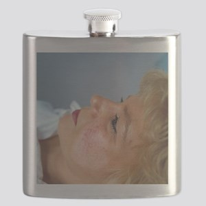 Cosmetic laser surgery - Flask