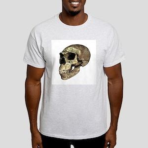 Neanderthal skull - Light T-Shirt