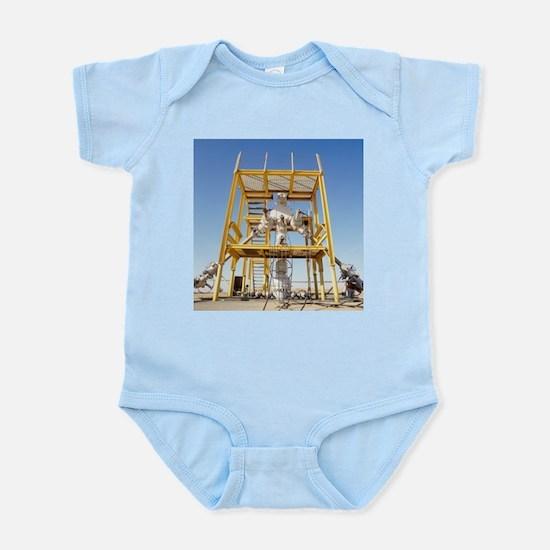 Christmas tree assembly - Infant Bodysuit