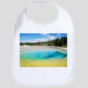 Geothermal pool in Yellowstone National Park - Bib