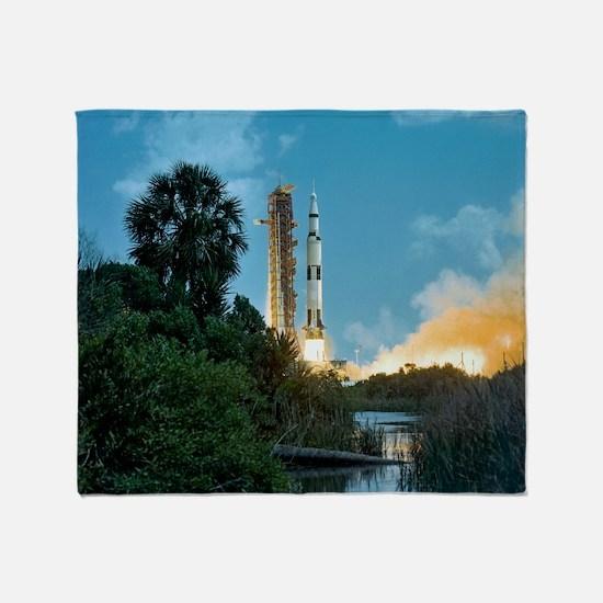 Apollo 16 rocket launch - Throw Blanket