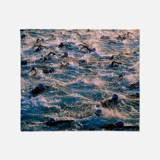 Triathlon swimmers - Throw Blanket