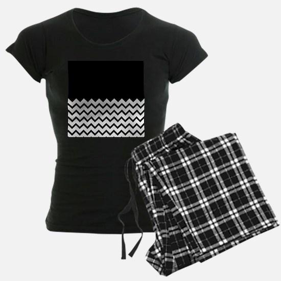 Black Zigzag Pattern. Pajamas