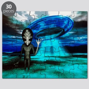 Computer artwork of an alien and a UFO - Puzzle