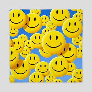 Smiley face symbols - Queen Duvet