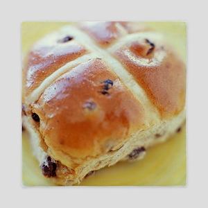 Hot cross bun - Queen Duvet