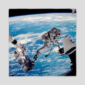 ISS space walk - Queen Duvet
