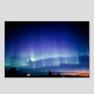 View of a colourful aurora borealis display - Post
