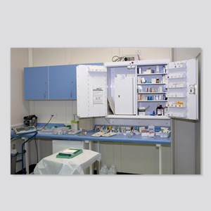 Operating theatre drugs cabinet - Postcards (Pk of