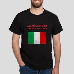 Italian Proverb Good Wife Dark T-Shirt