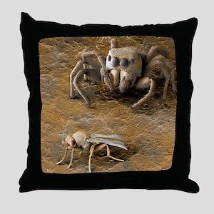 Spider stalking prey, SEM - Throw Pillow