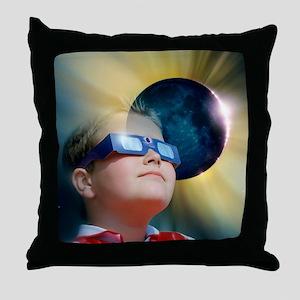 Watching solar eclipse - Throw Pillow
