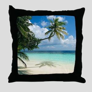 Tropical beach - Throw Pillow