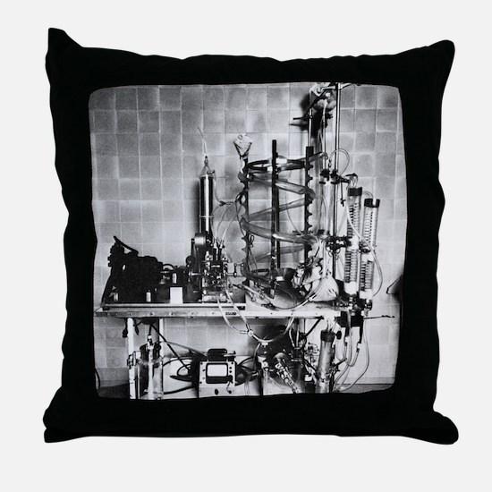 Heart-lung machine, 20th century - Throw Pillow