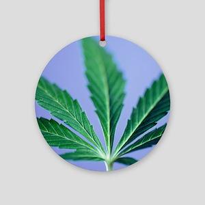 Cannabis leaf - Round Ornament