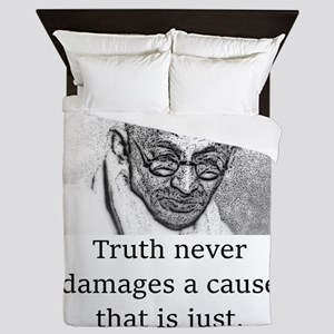 Truth Never Damages - Mahatma Gandhi Queen Duvet