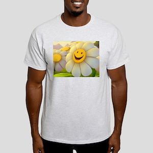 Smiling Daisy Light T-Shirt