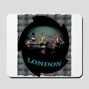london bridge tshirt art illustration Mousepad