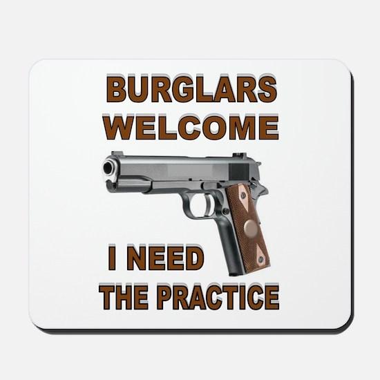 GUNS AT HOME Mousepad