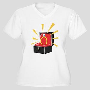 Diamond Ring Women's Plus Size V-Neck T-Shirt