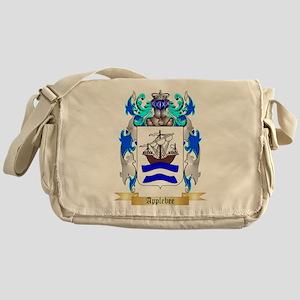 Applebee Messenger Bag