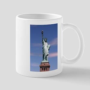Statue of liberty Photograph Mugs