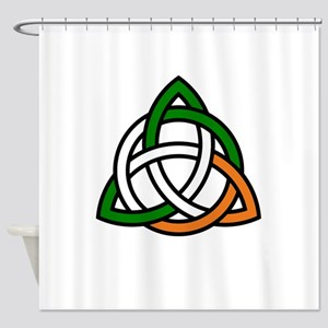 irish celtic knot Shower Curtain