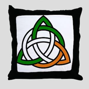 irish celtic knot Throw Pillow