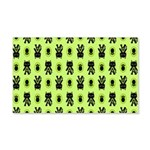 Green Cat Paw Pattern 20x12 Wall Decal