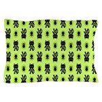 Green Cat Paw Pattern Pillow Case