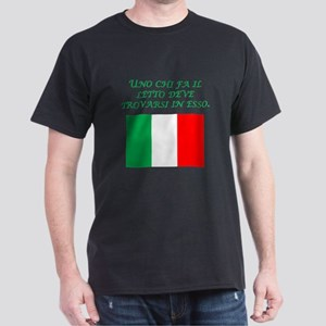 Italian Proverb Makes His Bed T-Shirt