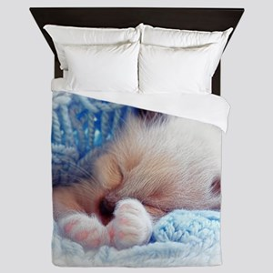 Sleeping Siamese Kitten Paws Queen Duvet