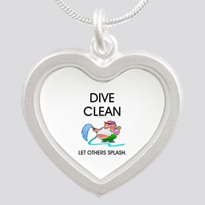 TOP Dive Clean Silver Heart Necklace
