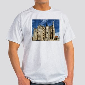 Episcopal Palace of Astorga, Gaudi T-Shirt