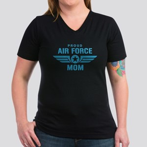 Proud Air Force Mom W Women's V-Neck Dark T-Shirt