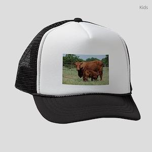 Beefmaster cow and calf Kids Trucker hat