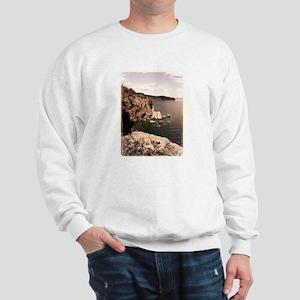 Lake Superior Cliffside Sweatshirt