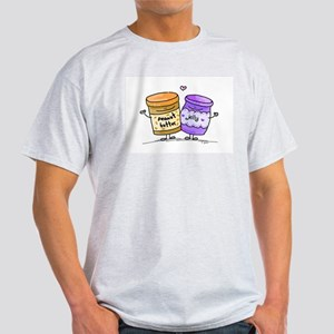 pb loves grape jelly T-Shirt