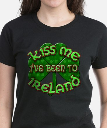 KISS ME I've Been to IRELAND Women's Dark T-Shirt