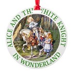 ALICE AND THE WHITE KNIGHT_GREEN copy Round Or