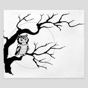 owl on full moon King Duvet