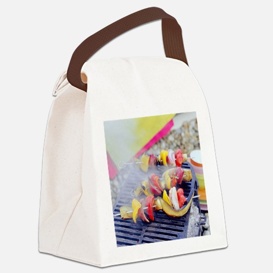 Barbecuing vegetables - Canvas Lunch Bag