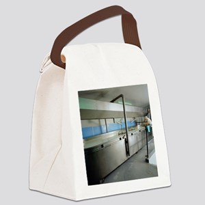 Cheddar cheese production - Canvas Lunch Bag