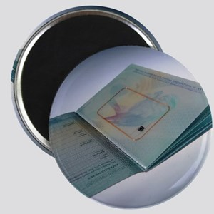 Biometric passport chip - Magnet