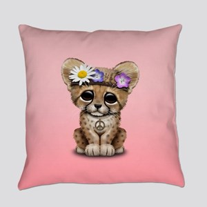 Cute Cheetah Cub Hippie Everyday Pillow